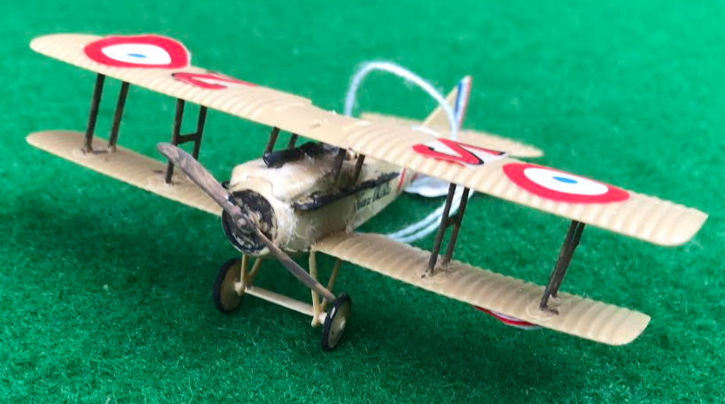 Scale model of the SPAD V11 French aircraft